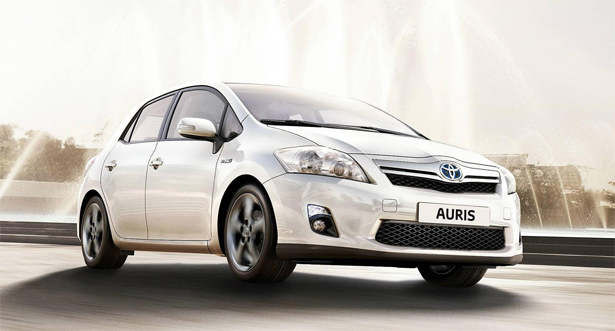 toyota auris hybride courtage automobile. Black Bedroom Furniture Sets. Home Design Ideas